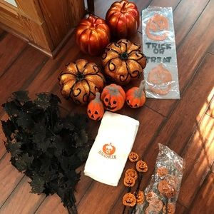 Other - Halloween 🎃 Decor Pumpkin Set